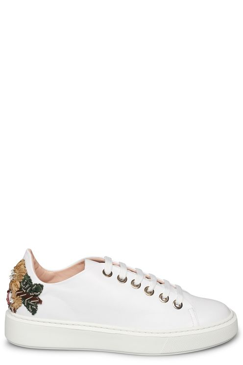 Sneaker with flowers