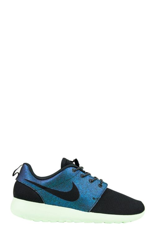 Roshe One Wwc Qs Sneakers